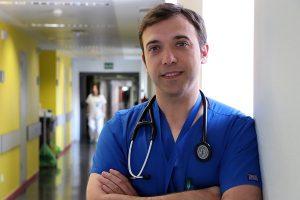 Dr. David Vivas
