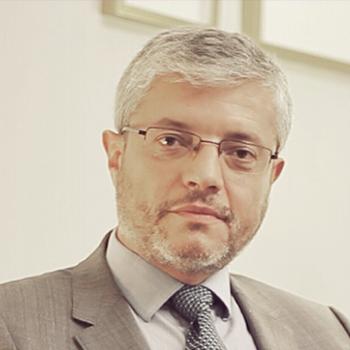 Dr. Fernández Lozano